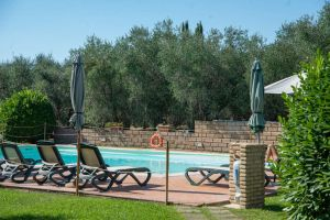 Click to enlarge image pool-toscana-poggiocavallo-02.jpg